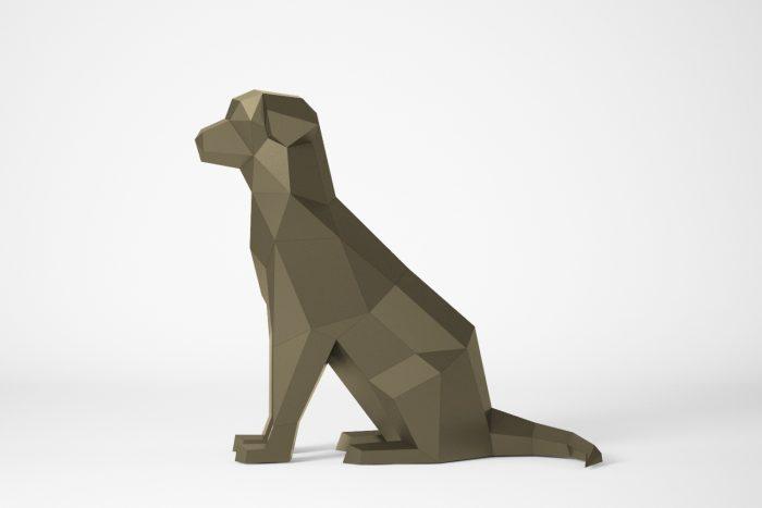 Papercraft sitzender Hund